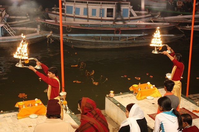 Figure 2a. Ganga Aarti performed in Varanasi (Image from Flickr Creative Commons)